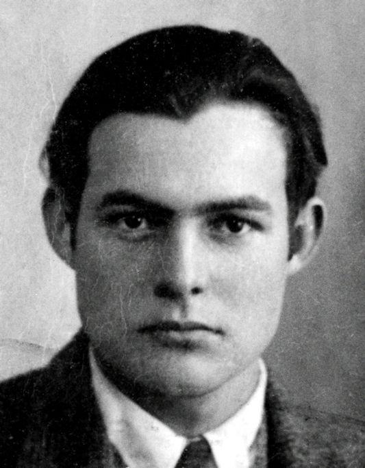 Histoires de Parfums 1899 Hemingway recenzja / Ernest Hemingway nazdjęciu paszportowym z1923 roku. (fot.via Wikipedia)