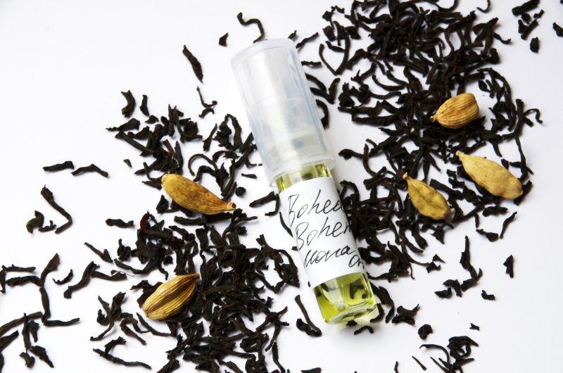 perfumy ozapachu czarnej herbaty, Mona di Orio Bohea Boheme